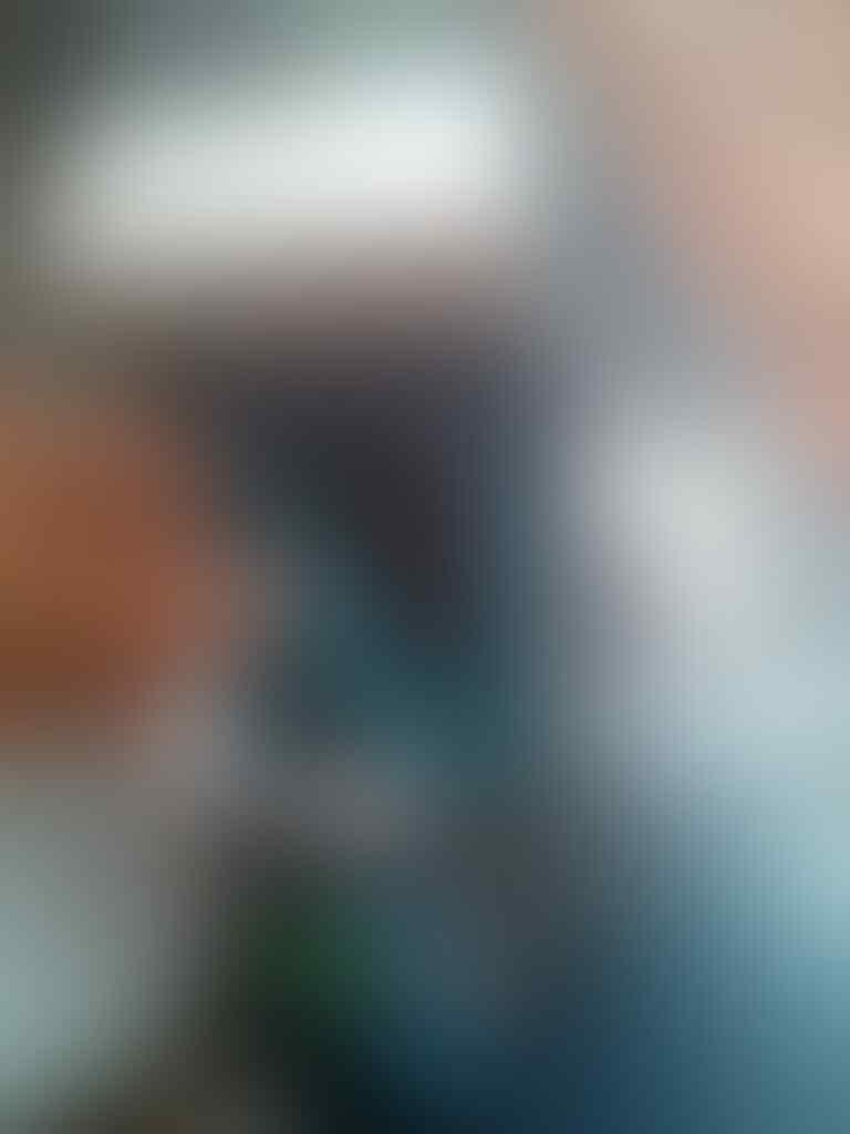 Asus Zenfone 5 Mulus 99% Fulset Garansi GMT Nego Like New