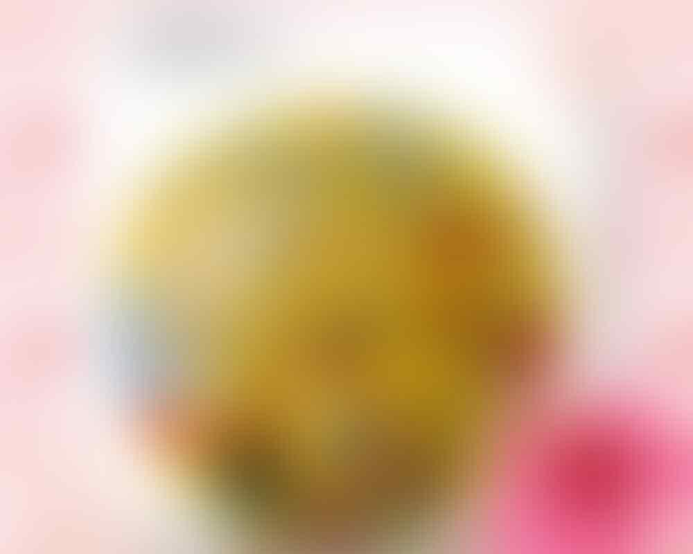 pernak pernik angry bird (Tas, sofa, gantungan kunci, botol minum, sticker, dompet)