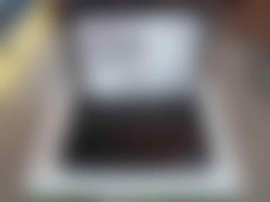 Dell N4050 i3-2350M/500gb/2gb/HD6400 1gb FULLSET SOLO