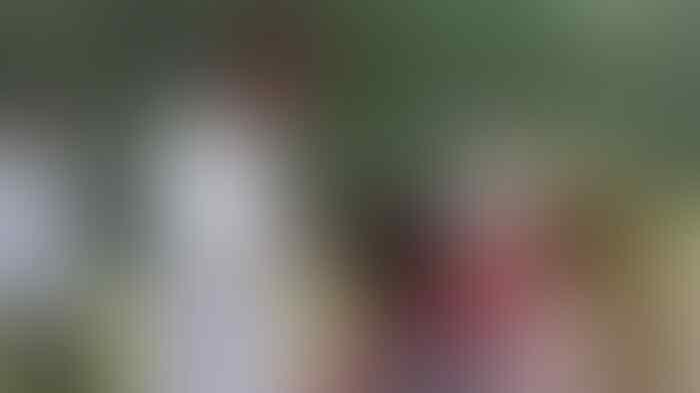 "Jokowi usap kepala bocah pengunjung kebun binatang, ""Biar pintar ya.."""