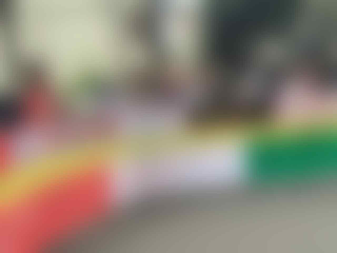 Gagal Temui Bos Grab, Driver Ojek dan Taksi Online Sambangi Kantor Gojek