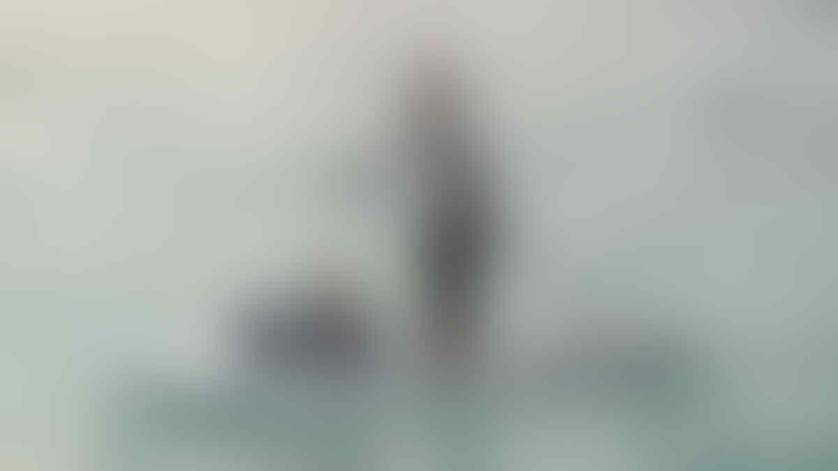 Susi Paddling Bersama Anaknya yang Berusia 1 Tahun di Pulau Tidung