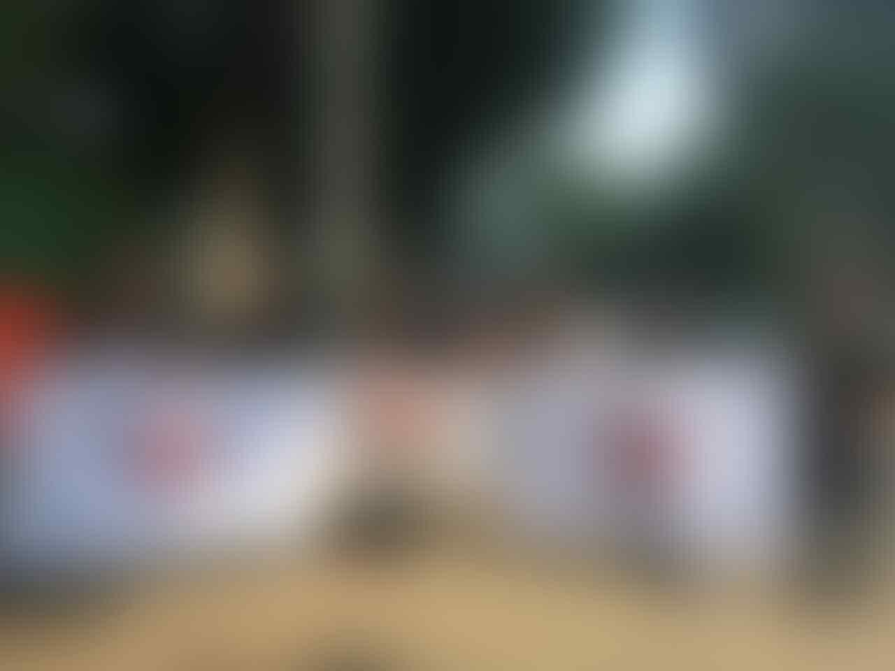 Ribuan Pedagang Sim Card Berunjuk Rasa di Istana Negara