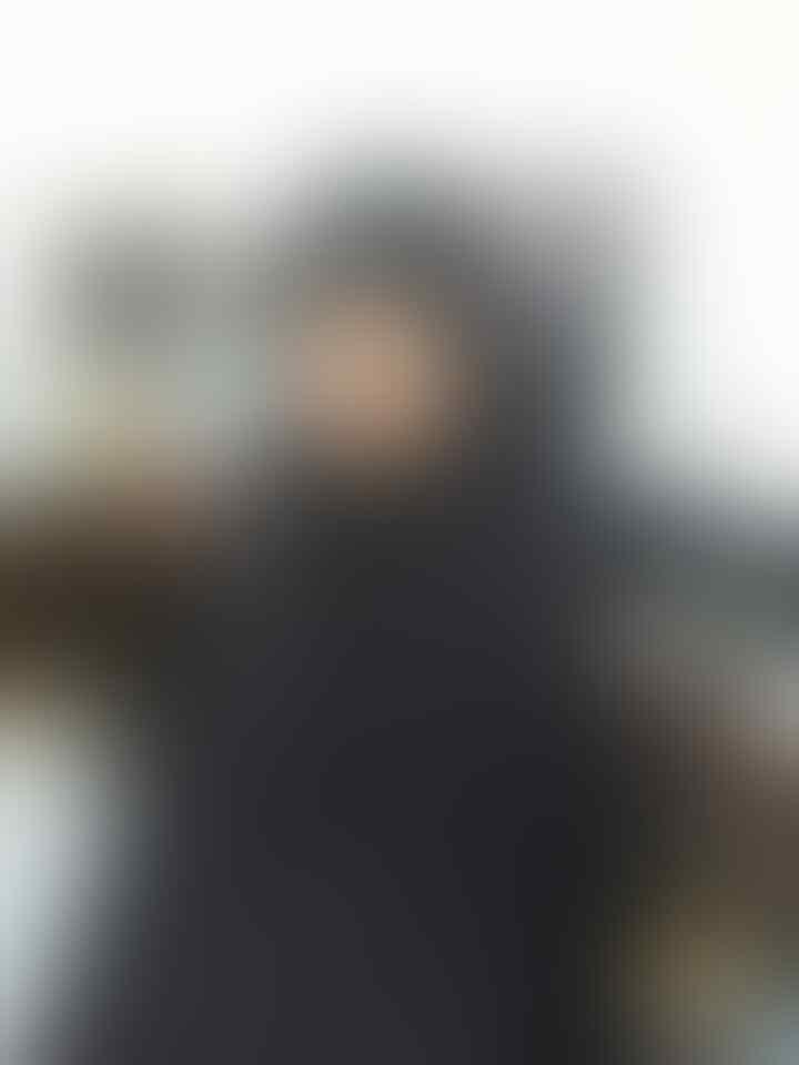 Foto : Identitas dan 'Peralatan' dua Teroris yang Diamankan Polisi