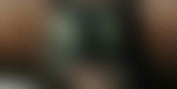 Ada Sesuatu yang Seram dan Janggal dari Foto Pemuda Ini, Sosoknya Menghilang