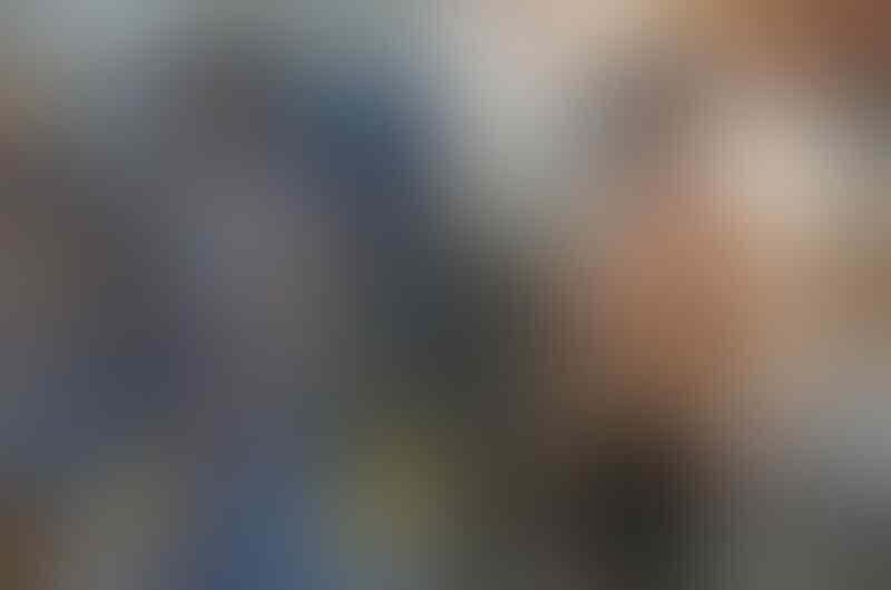 """10 Pesona Ross Butler, Pemeran Zach di Serial """"13 Reasons Why"""""""