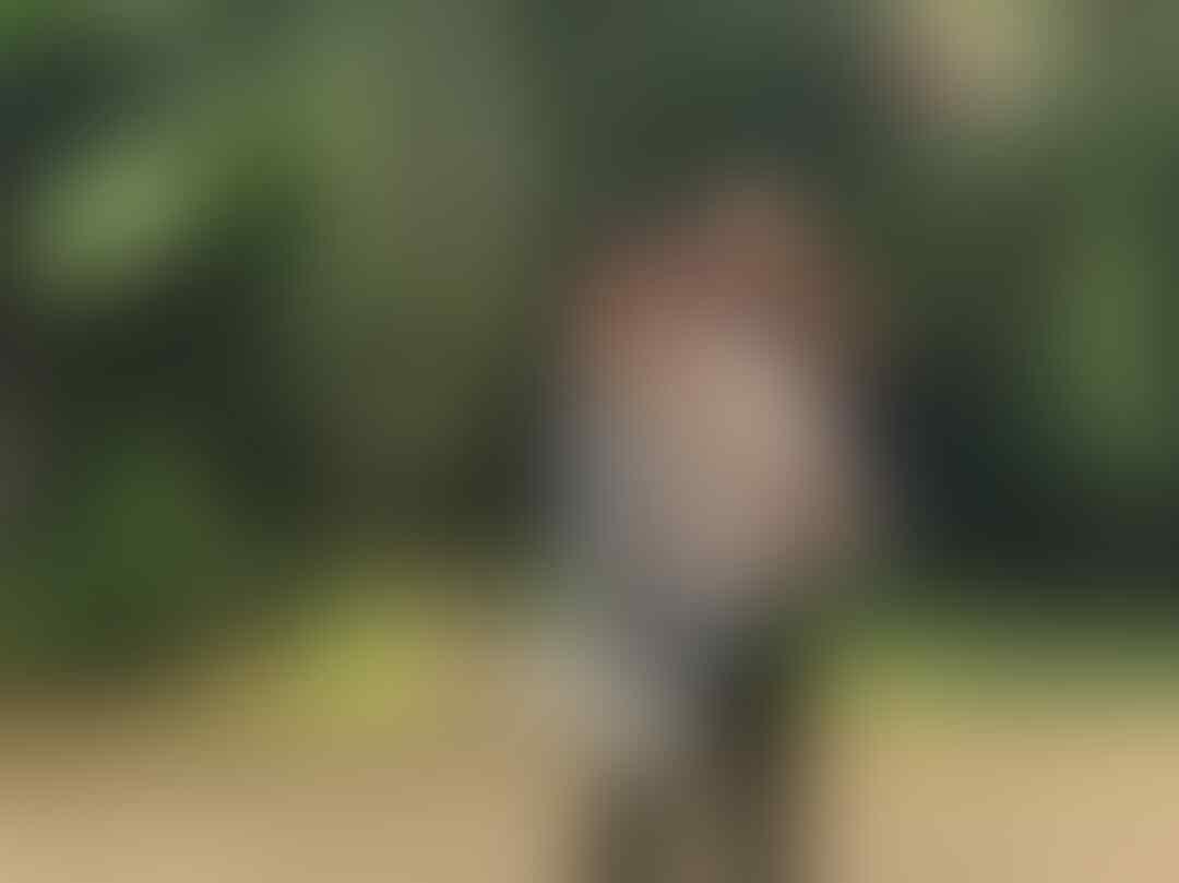 10 Potret Manis Kedekatan Ajil Ditto danJesslyn Evalretta