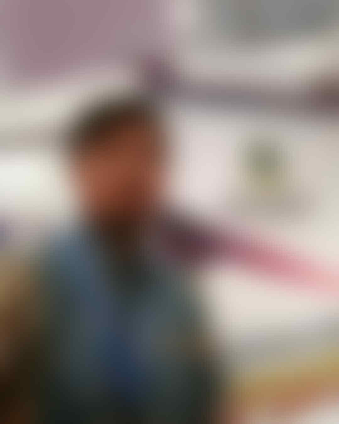 "10 Potret Terbaru Aditya Pemeran Sayuti ""Office Boy"" Masih Ingat?"