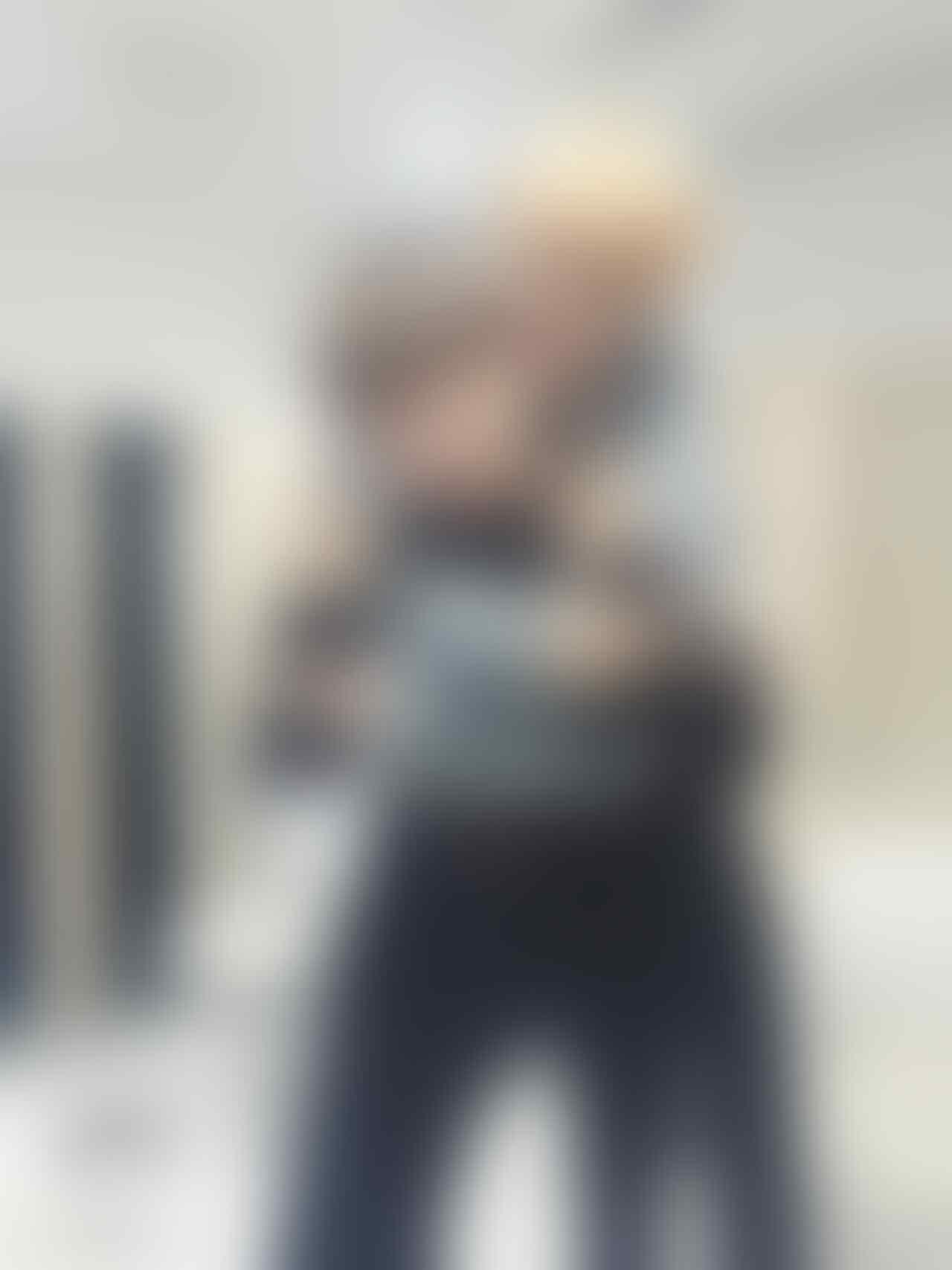 Seumuran, 11 Potret Kedekatan V & Jimin BTS Sejak Debut Hingga Kini