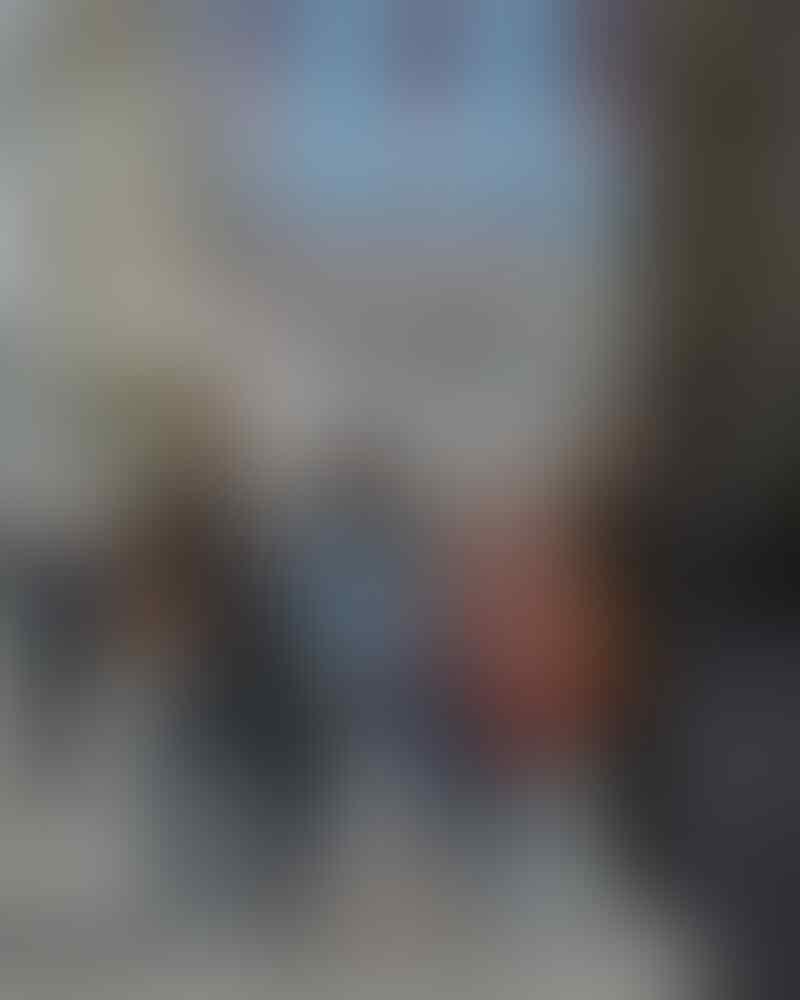 10 Potret Mesra dan Lucu Gilang Dirga & Istri Liburan di London