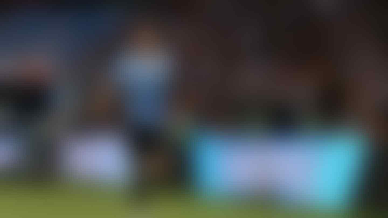 Dua Gol Cavani Pulangkan Uruguay dari Rusia