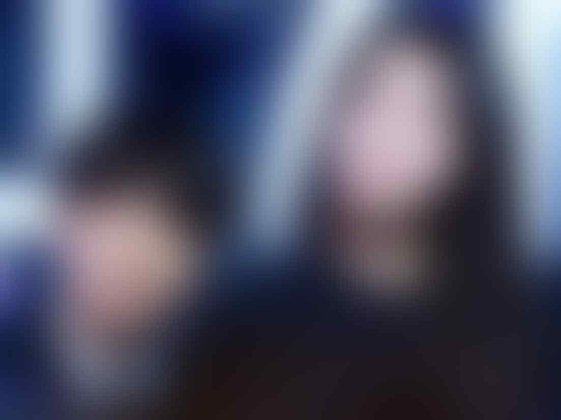 5 Idola KPop Cowok Ini Ternyata Ngefans Berat Sama IU Lho