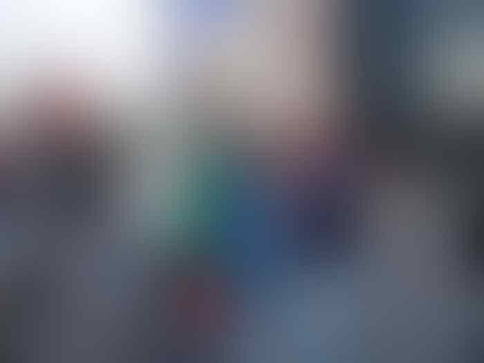 Kreatif, Pria Ini Datang ke Piala Dunia Rusia dalam Bentuk Kardus
