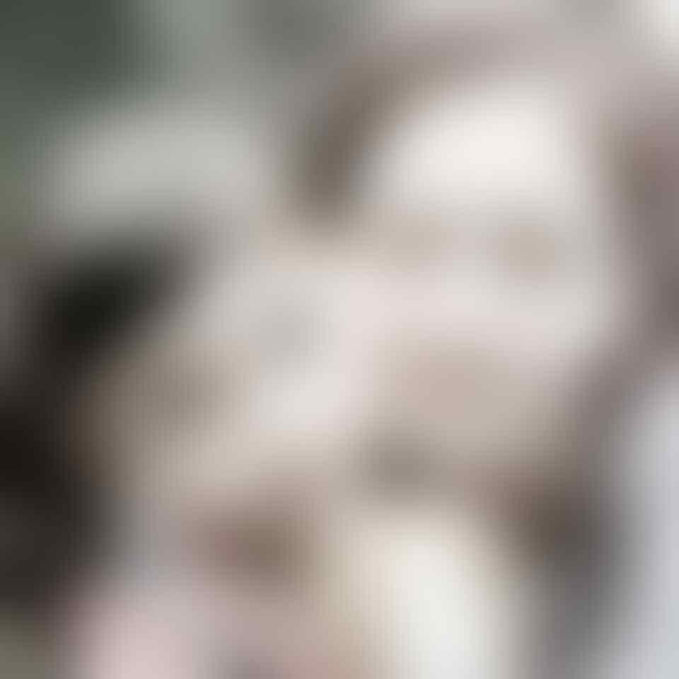 8 Potret Manisnya Evelyn Douma, Adik Somi Eks IOI yang Gemesin Banget!