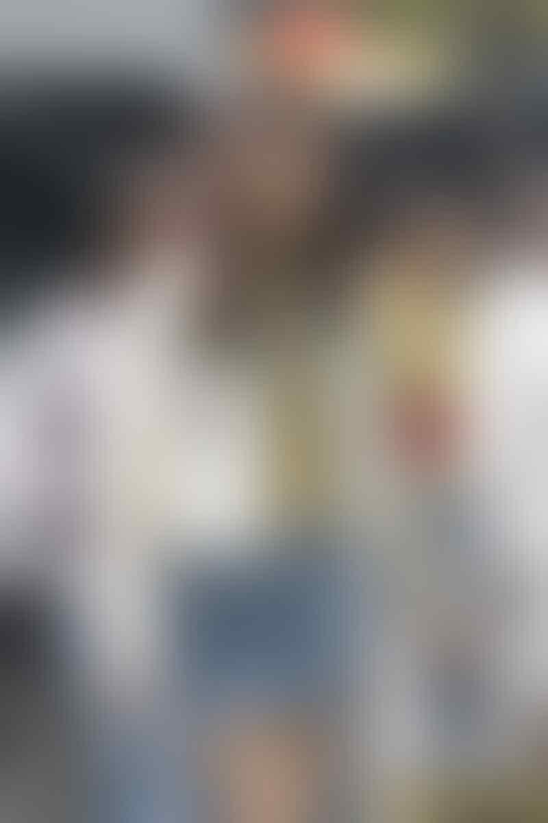 9 Penampilan Manis dalam Berbagai Padu Padan Rok Denim ala Idol KPop
