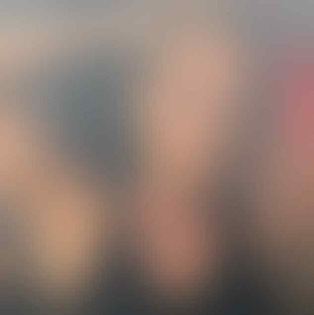 Maniak Brondong, Tante ini Nggak Sadar Sudah Diporotin Rp 14 M & Ketipu Pula