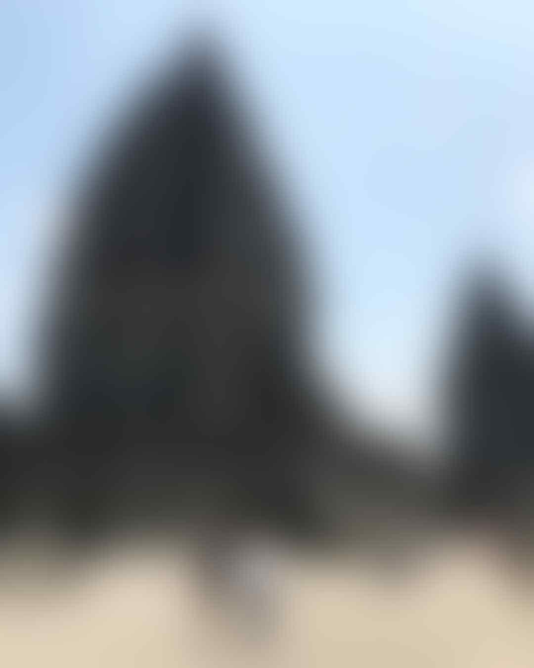 10 Potret Destinasi Favorit Luna Maya, Referensi Liburan Kece Nih