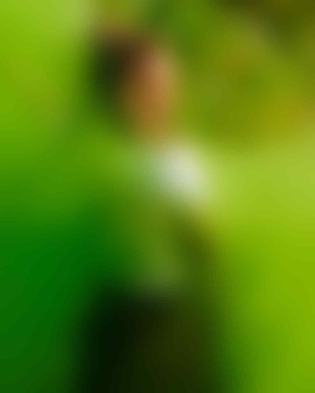 Mirip Bule, 10 Potret Aurel Hermansyah dengan Rambut Blonde