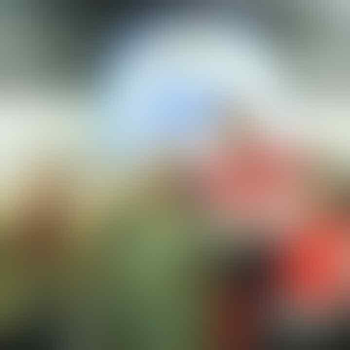 11 Potret Valentino Jebret, Presenter Sepak Bola yang Viral