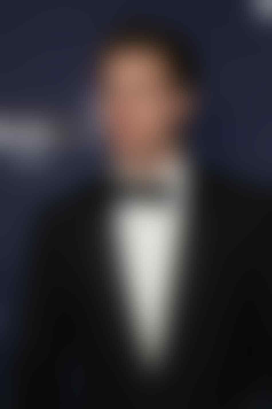"""Kenalkan Jonas Bloquet, Cowok Tampan Pemeran """"Frenchie"""" di The Nun"""