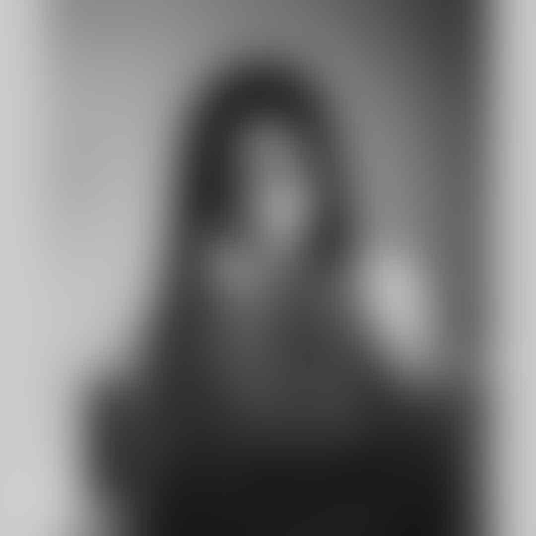 Sudah Dewasa, 10 Potret Syifa Hadju yang Makin Memesona