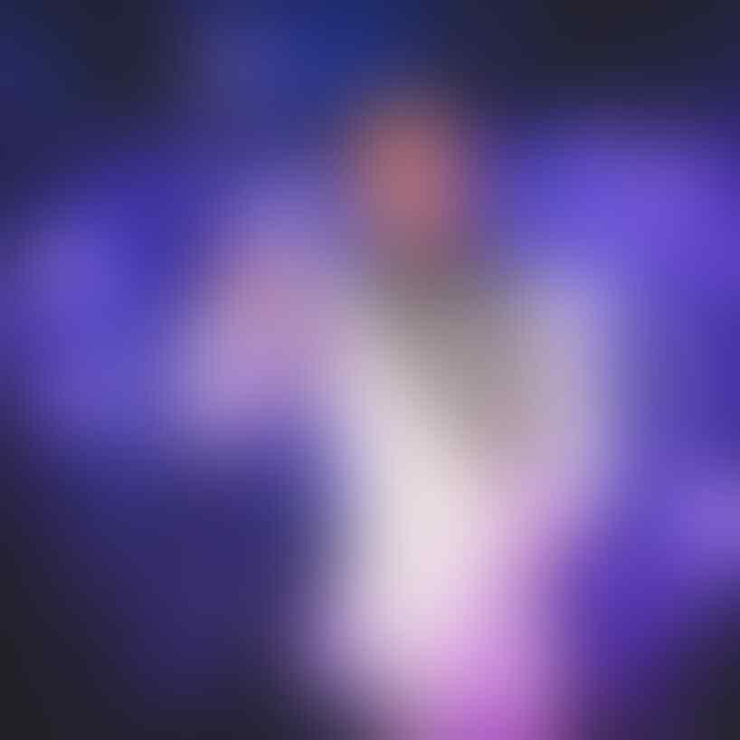 10 Potret Frankie Muniz, Mantan Artis Cilik Pemilik Mata Memukau