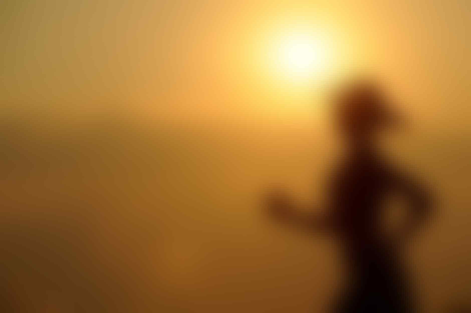 6 Tips Ampuh Mengurangi Nyeri Asam Urat untuk Kamu yang Berisiko Kena