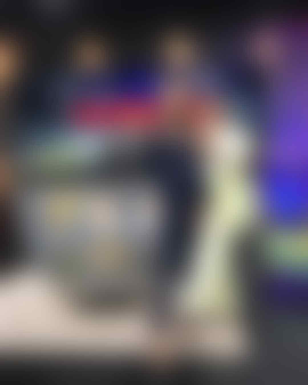 Tajir Melintir, 10 Potret Hotman Paris Dikelilingi Wanita Menawan