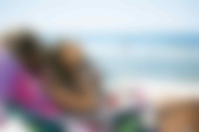 6 Tips Traveling saat Matahari Terik, Biar Kulit Gak Makin Gosong