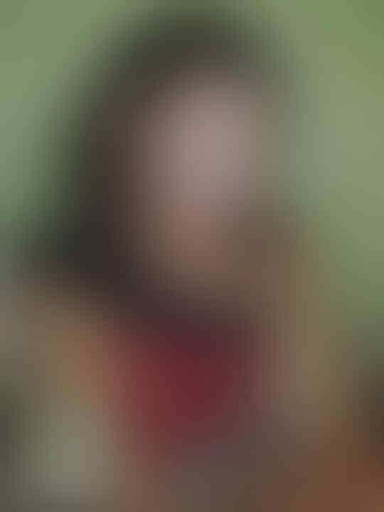 5 Potret Cantik Rina Diana, Artis Blasteran yang Jadi Mualaf