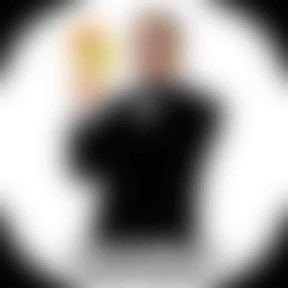 Farhat Vs Hotman Setelah Kasus IG Porno Dihentikan