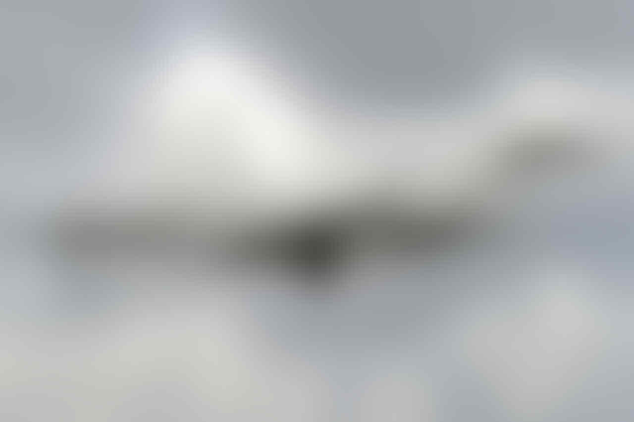 Pesawat Misterius Jatuh di Afganistan