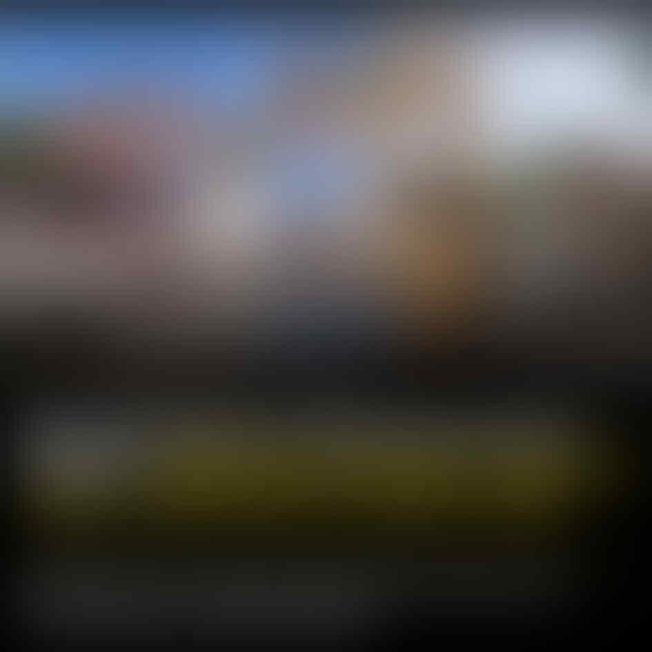 Petugas Isolasi Corona Di Tasik Cuma Pakai Jas Hujan. Netizen: Sungguh Kearipan Lokal
