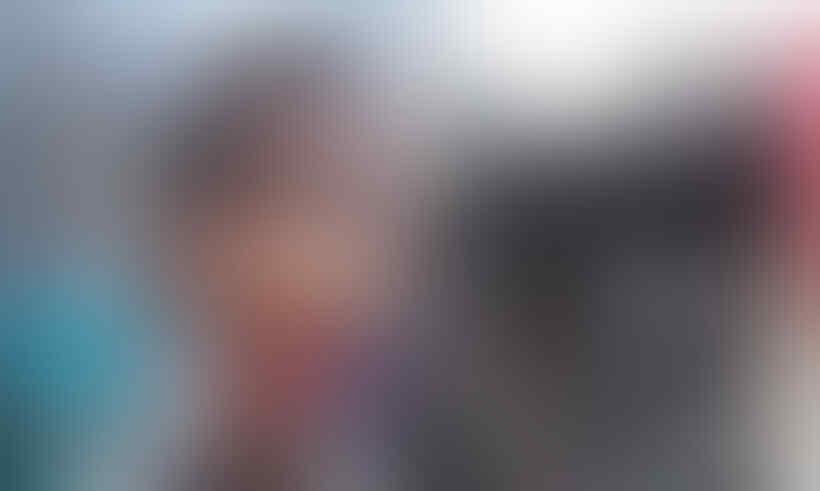 "Jokowi Pakai ""Face Shield"" Tanpa Masker, Istana Sebut Sudah Jaga Jarak"