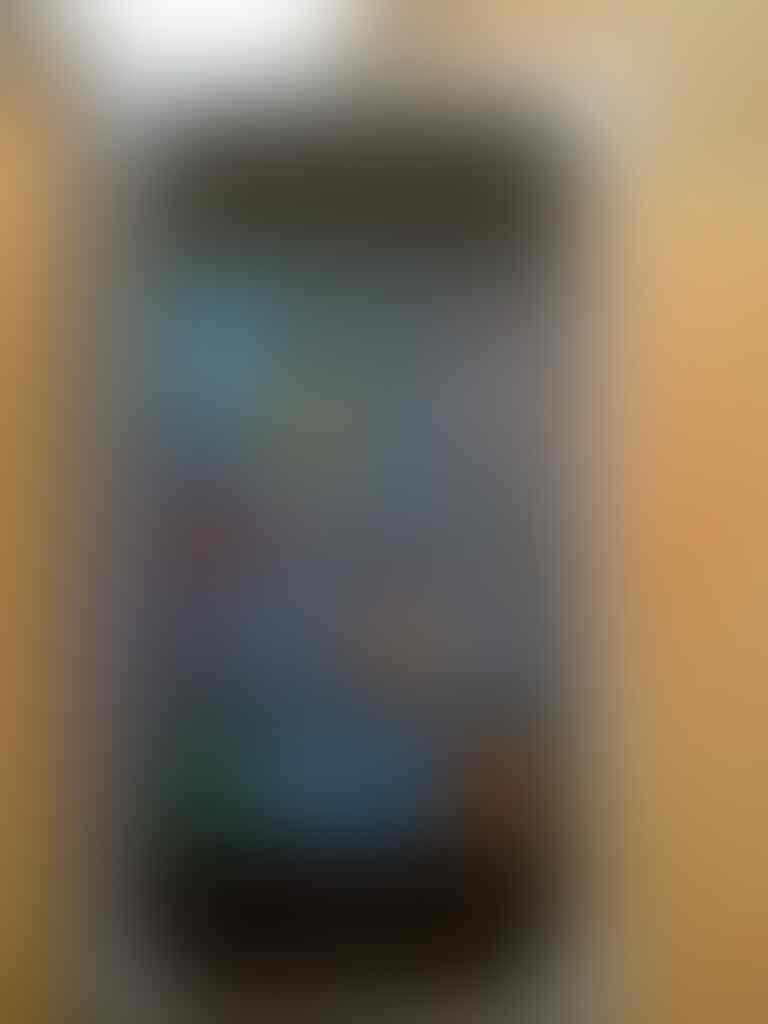 jual iphone 4g 32gb black fullset bonus iphone 3g 16gb