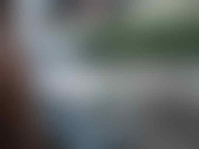 Angkot paling Gokil se dunia, hanya ada di Indonesia gan