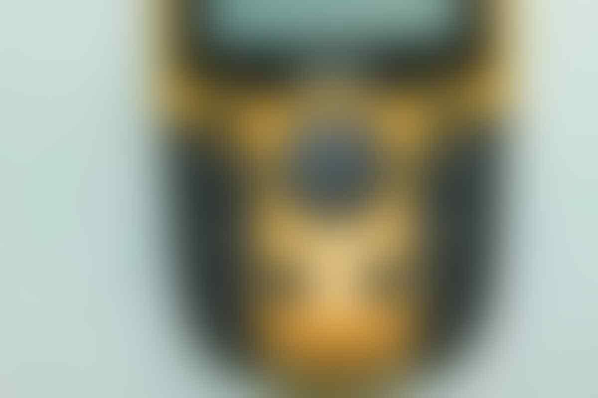 Jual GPS Garmin 60 kondisi 99%