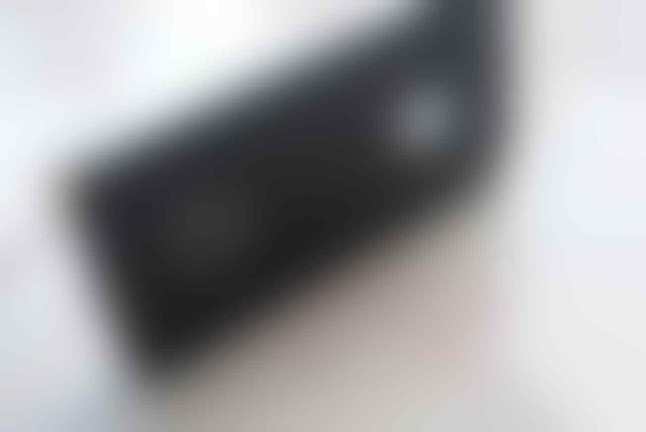 Mau Jual IPhone 4 16Gb Hitam Murah aja gan. Monggo di Tengok,