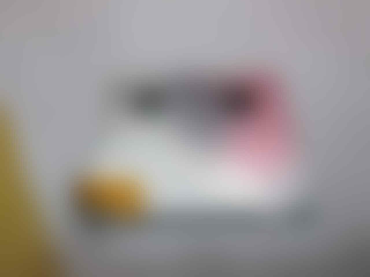 [CARI] LCD ORI Blackberry 9700/ONYX 1 BLACK SERI 002/111 (Ori RIM/ Cabutan)