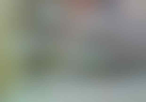 Kumpulan 50 ENGLISH FAILS Di Asia, Kalau Sampe Gak Lucu Gantung Anas di Monas [PICS]