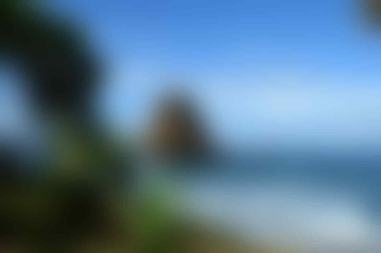 Papuma Jember Pantai terindah di Jawa Timur.
