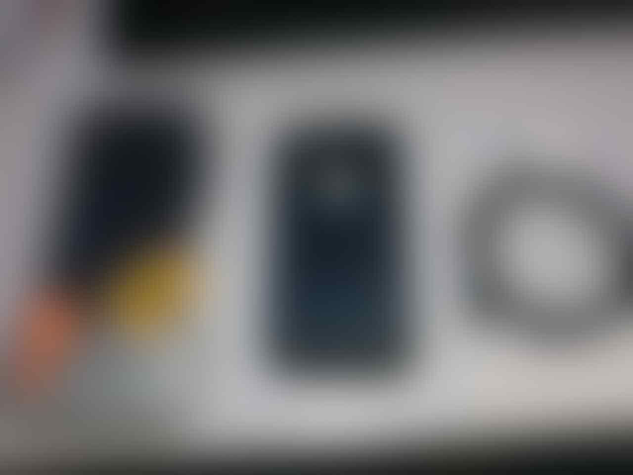 WTS Iphone 5 16GB banyak bonusnya