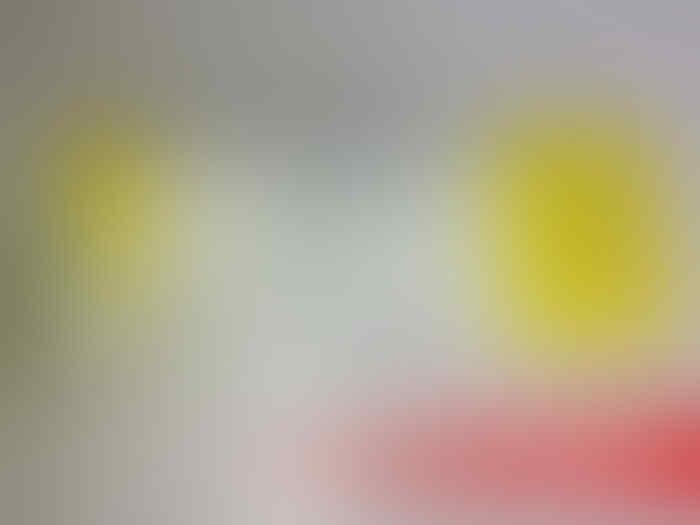 >>>>>>>> JUAL Asus Zenfone 4 BNIB warna Kuning Murah
