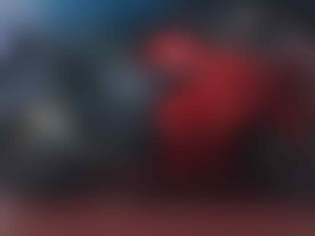 FOR SALE NINJA 250 THN 2011 BLN 7 GREESSS!!!!!!