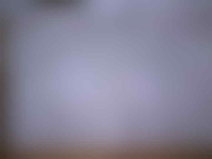 BNIB Mi5 3GB/32GB/64GB Pro 128GB Qualcomm SD 820 White Black Gold Distributor