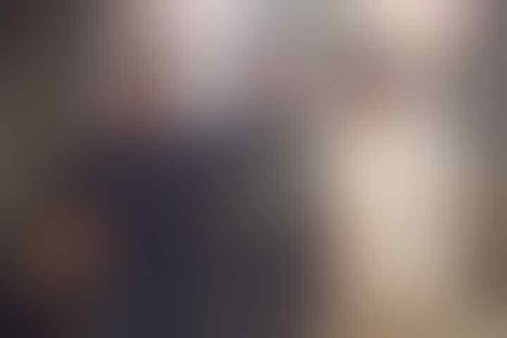 Soraya Haque Pamer Perangko Australia Bergambar Ahok