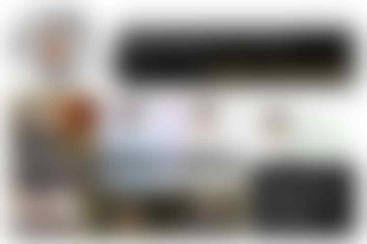 Lewati Jembatan Kayu di Sulsel, Sandiaga: Seperti Indiana Jones
