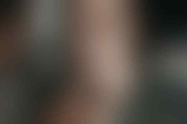 Yuk Bikin, 6 Lip Scrub Alami Rahasia Atasi Bibir Kering & Pecah-pecah