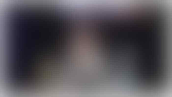 Warga Anies Menangis di ILC, Tidak Dapat Bansos Corona karena KTP: Gadaikan BPKB Dulu