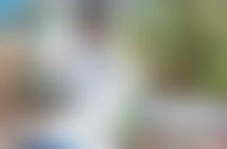8 Pedagang Viral Gegara Mirip Artis, dari Mirip Syahrini sampai Ahmad Dhani